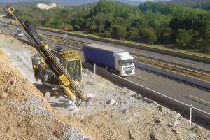Perforación pre corte (Autopista AP-7 - La Jonquera)